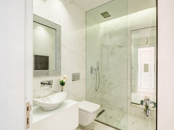 bathrooms (1)